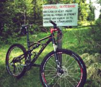 Titus X-Carbon bike photo