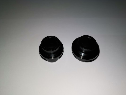 Clement Ushuaia End Caps / 12mm / Front / Centre Lock