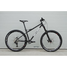 On One Dee Dar / Small / Black  / Sram NX1 / Yari Fork