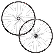 "WTB ST I25 TCS Rim On El Guapo Hub / 27.5"" / Front 15mm / Black (Used + Include's Tyre, Tube And Disc Brake)"