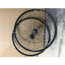 """WTB ST I25 TCS Rim On El Guapo Rattlesnake Hubs / 27.5"""" / Front 15mm / Rear 135mm QR / Shimano 11 Speed (Used - Cosmetic Damage)"""